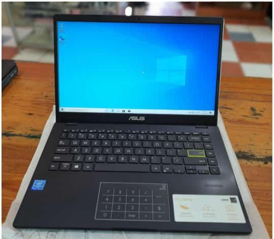 Vendo computadora portátil marca blue.